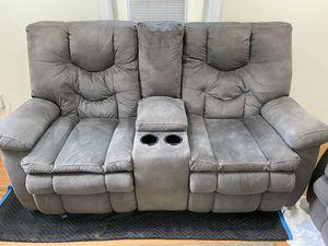 Loveseat Coach (Sofa) for Sale in Manassas, VA