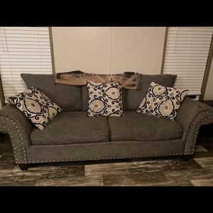 Living Room Set for Sale in Keysville, VA