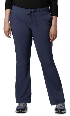 Columbia Women's Anytime Outdoor Plus Size 24W Regular Boot Cut P for Sale in Las Vegas, NV