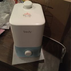 Tredy Ultrasonic Humidifier for Sale in Madera,  CA