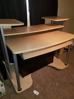 Computer desk for Sale in Lexington, NC