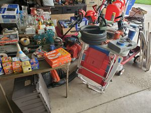 Garge sale for Sale in Columbus, OH