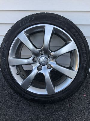 Infinity rim and tire for Sale in Schenectady, NY