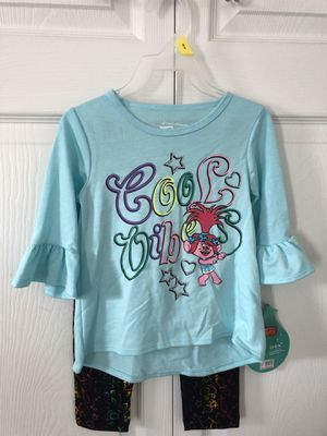 Brand new 2T Trolls Yummy Knit Bell Sleeve Hi-Lo Top & Leggings(pick up only ) for Sale in Alexandria, VA
