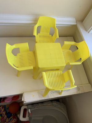Table and chairs for BARBIE DOLLS TOYS for Sale in Annandale, VA