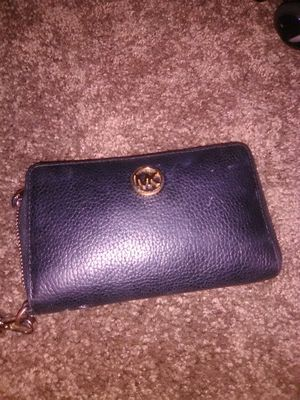 Black Michael kors wallet for Sale in Hesperia, CA