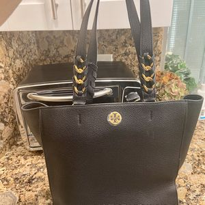 Tory Burch Large Tote Purse for Sale in Pompano Beach, FL