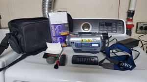 Sony digital8 handycam camera. Like new and work great. for Sale in Chicago, IL