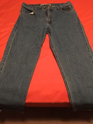 """Two pairs of blue jeans 1-35-36 cut off to 32"""" 1-34-32 for Sale in Soddy-Daisy, TN"""