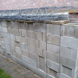 New 100 Cinder Blocks 8X12X16 + 30 + Retainer Wires, Teke It All x $175. for Sale in Edgewater, NJ