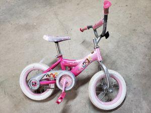 Free Little girls bike for Sale in Fayetteville, AR