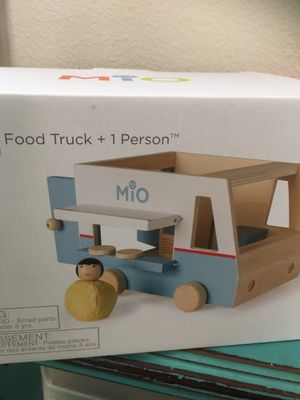 KIDS FOOD TRUCK WOOD TOY for Sale in Temecula, CA