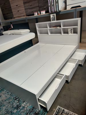 Twin 3-Drawer Storage Bed Frame with Headboard, White for Sale in Westminster, CA