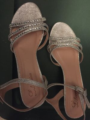 Llorraine silver heels for Sale in Kissimmee, FL