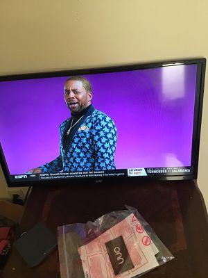 32 inch tv lEDHDTV for Sale in Martinsburg, WV