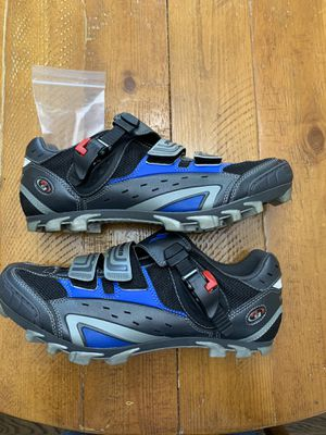 Specialized Mountain Biking Shoes Size 11 men's Brand New for Sale in West Bloomfield Township, MI
