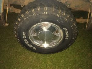 4 Kenda M/T tires and rims for Sale in Robertsdale, AL