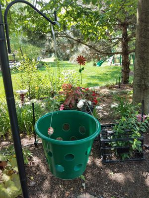 Hanging flower pots for Sale in Plainfield, IL