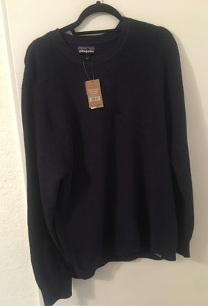 Brand new Patagonia sweater for Sale in Boca Raton, FL
