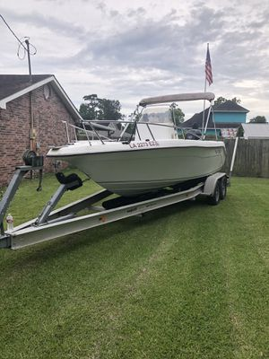 21 ft vip 150 horse Suzuki for stroke excellent condition center consul for Sale in Richmond, TX