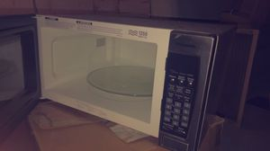 Microwave for Sale in Akron, OH