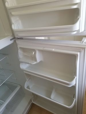 Refrigerater for Sale in Santee, CA