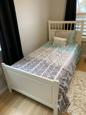 Twin Bed frame, mattress and box spring for Sale in San Jose, CA