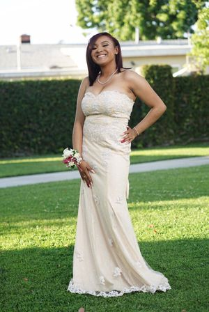 prom dress for Sale in Los Angeles, CA