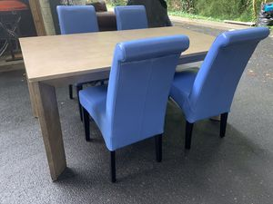 KITCHEN/DINING ROOM TABLE SET for Sale in Snellville, GA