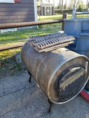 Wood stove for Sale in New Bedford, MA