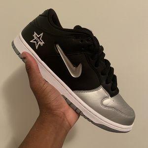 Nike SB Dunk Supreme Black Size 9.5 for Sale in Sicklerville, NJ