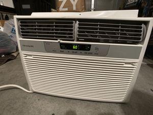 Frigidaire window ac air conditioner unit for Sale in Las Vegas, NV