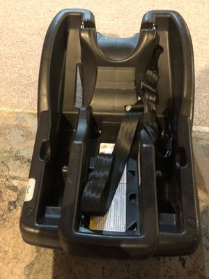 Graco car seat base for Sale in Buffalo, NY