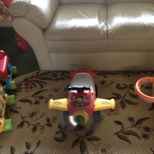 Kiddieland Mickey Mouse Clubhouse Ride-on airplane for Sale in New Port Richey, FL