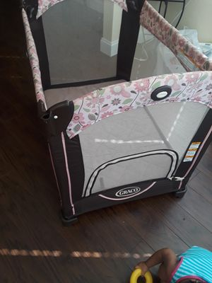 Set graco (car seat + pack and play) for Sale in Orlando, FL