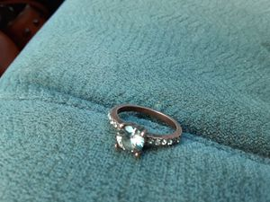 2 diamond rings (size 5) for Sale in Springtown, TX