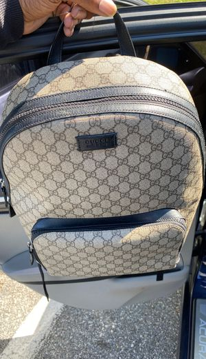 Gucci GG supreme backpack for Sale in Aspen Hill, MD
