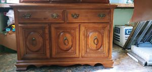 Cal Shop Antique 2 piece China Hutch for Sale in Molalla, OR