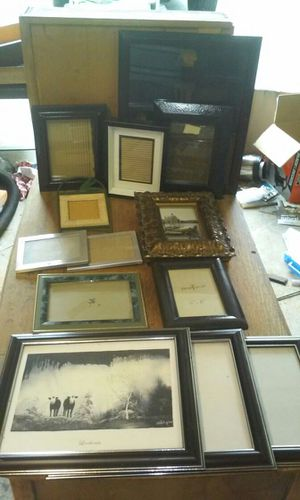 13 pic frames for Sale in Petersburg, VA