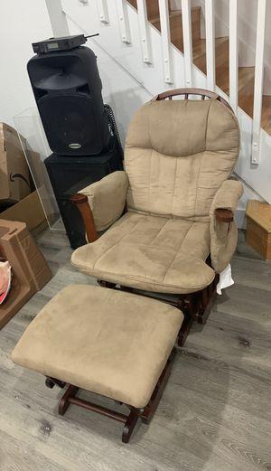 Rocking chair & ottoman (sofa chair) for Sale in Doral, FL