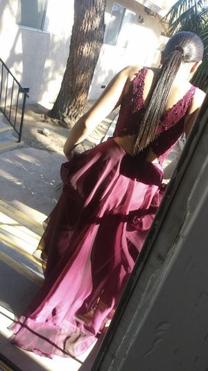 Selling prom dress ! for Sale in Apple Valley, CA