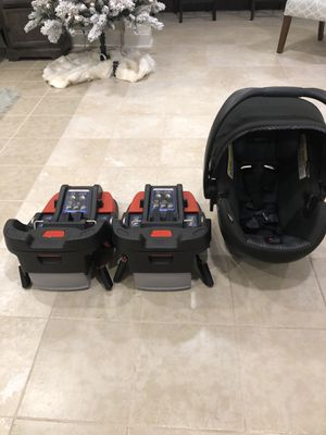 Britax car seat and base set for Sale in Charlotte, NC