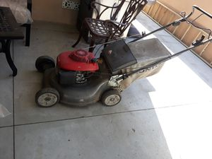 Honda lawn mower for Sale in Downey, CA