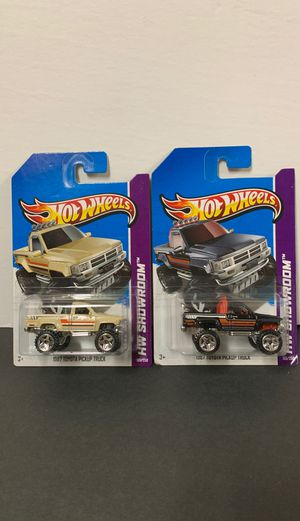 Pair of Hot Wheels Diecast 1987 Toyota Pickup Truck for Sale in San Marcos, CA