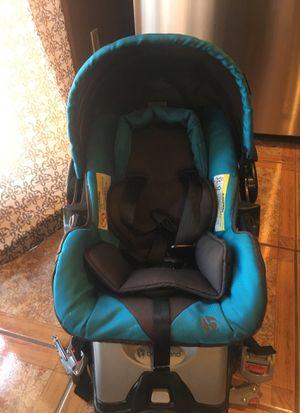 Infant boy car seat for Sale in San Diego, CA