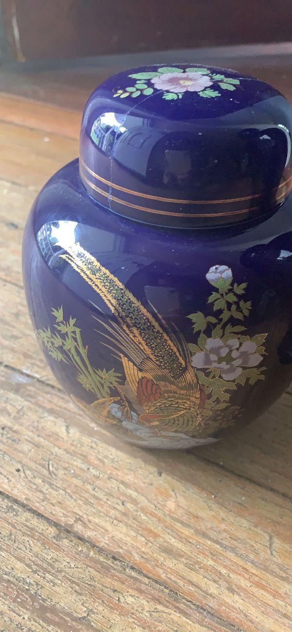 Oriental ginger jar