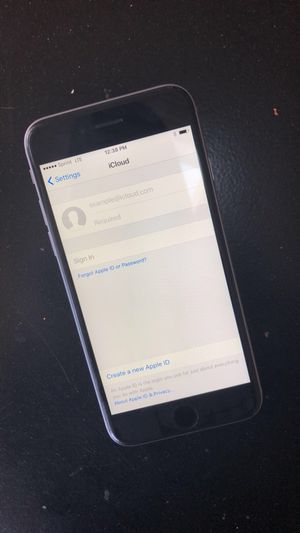 IPhone 6s unlocked for Sale in Bowie, MD