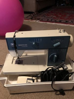 Sewing machine for Sale in Gaithersburg, MD