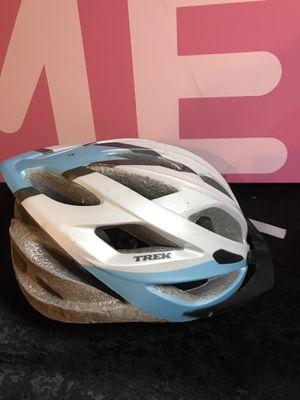 Trek bicycle helmet! Size u en1078 54 to 62 cm! for Sale in Savannah, GA
