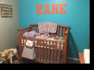 Beautiful Solid Oak Crib and Changing Table. for Sale in Lexington, KY